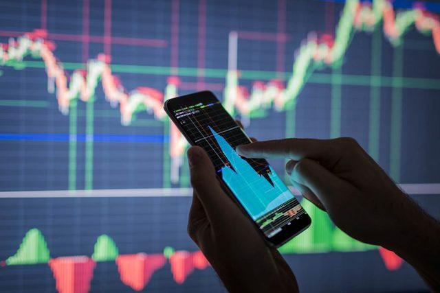 Что такое фондовая биржа и как она устроена